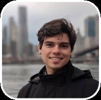 Foi aluno do 1º MBA do Brasil em Blockchain Development & Technologies.