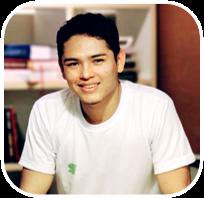 Administrador pela Uninorte. Foi Head de Tecnologia na principal fintech de Manaus, a Trocados, desde 2015.