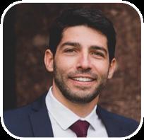 Fundou a Finchain e FlowBTC em 2015. Um dos pioneiros do Blockchain no Brasil.